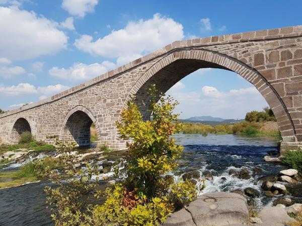 a) Le pont d'Assos_0.jpg