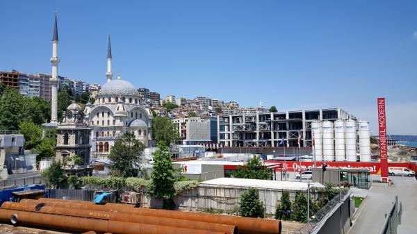Modern Istanbul 01.jpg